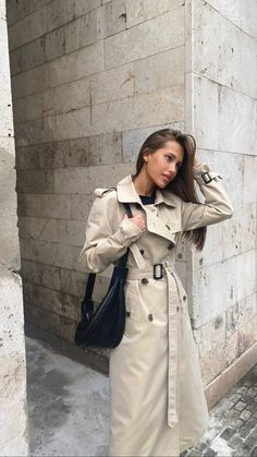 Burberry Trench, Trench Coats, Double Breasted Trench Coat, Raincoats For Women, Projects, Jackets, Vintage, Instagram, Fashion