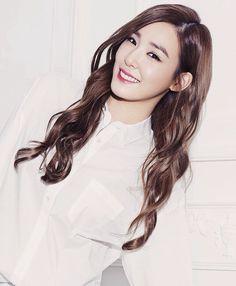Sooyoung, Yoona, Tiffany Girls, Snsd Tiffany, Tiffany Hwang, Girls' Generation Tiffany, Girls Generation, Bubblegum Pop, Kwon Yuri