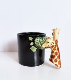 Vintage Bergschrund Seattle 1992 Black Giraffe Neck Collectible Coffee Cup, Mug by on Etsy Giraffe Neck, Seattle, Retro Vintage, Vintage Items, Wash N Dry, Country Of Origin, Sri Lanka, Conditioner, Hand Painted
