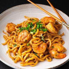 15-minute Garlic Prawn Udon - Marion's Kitchen