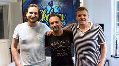Deze mannen maakten van de dance-hit Gold een hele, héle mooie akoestische versie vanochtend. Wow! Check 'm: http://bit.ly/29hmc1R