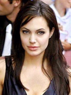 Angelina Jolie - Those lips! Angelina Jolie Quotes, Angelina Joile, Angelina Jolie Style, Beautiful Celebrities, Beautiful Actresses, Gorgeous Women, Brad Pitt, Hollywood Star, Madame