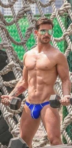 Male Gymnast, Man Gear, Guys In Speedos, Hommes Sexy, Sexy Men, Hot Men, Man Swimming, Hairy Men, Attractive Men