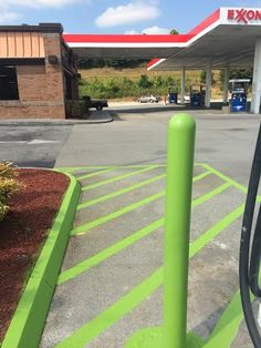 Electric Vehicle Parking 865-680-9225