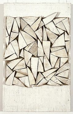 Rosalie Gascoigne Rosalie Gascoigne was born in New Zealand in In 1943 Rosalie emigrated to Canberra, Australia where she met her husband and had three children. Rosalie began her art career. 3d Modellierung, Modern Art, Contemporary Art, In Natura, Art Sculpture, Inspiration Art, Art Design, Textures Patterns, Wood Art