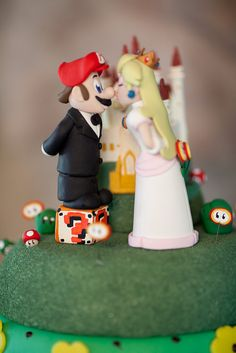Mario and Peach cake topper. perfect for a tall bride and shorter groom ;)