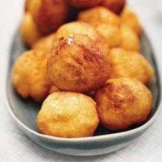 I'll add cilantro, cheese and diced jalapeño - Crispy, Creamy Potato Puffs. These enticing Chilean potato puffs, known as papas duquesas, are a cross between mashed potatoes and french fries. Wine Recipes, Great Recipes, Cooking Recipes, Favorite Recipes, Recipes Dinner, Cooking Ideas, Soup Recipes, Potato Sides, Potato Side Dishes