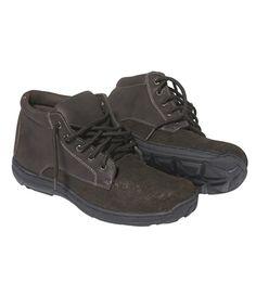 Chaussures Quebec : http://www.atlasformen.fr/products/chaussures/sport-randonnee/chaussures-quebec/9417.aspx