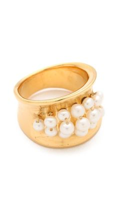 Aurelie Bidermann Cheyne Walk Ring Jewelery, Jewelry Necklaces, Jewelry Accessories, Jewelry Design, Diamond Gemstone, Pearl Ring, Ring Earrings, Cocktail Rings, Designing Women