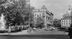 Ilyen is volt Budapest - Vörösmarty tér Old Pictures, Historical Photos, Budapest, Bali, Street View, Beautiful, Retro, Historical Pictures, Retro Illustration