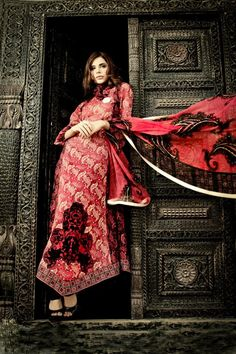fashion shoot for Lawn Collection by Sabiha