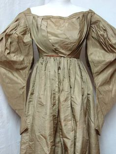 Awesome gray silk gown with super puffed sleeves and high waist this awesome dress is from around 1830-33.