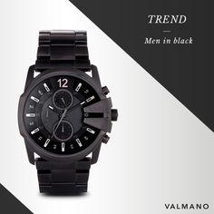 #Men in #Black: Keine #Farbe ist so #elegant, einfach zu kombinieren und #zeitlos wie #Schwarz. Deswegen sind #Herrenuhren ganz in #Schwarz voll im #Trend!