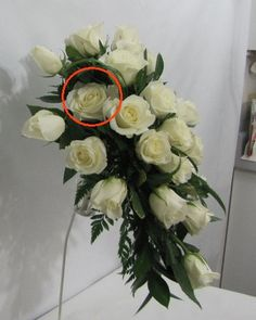 Learn how to make wedding bouquets, corsages, boutonnieres, centerpieces and church florals.  Buy professional florist supplies.
