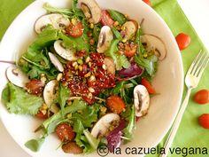 La Cazuela Vegana: Ensalada de pimientos, setas y pistachos