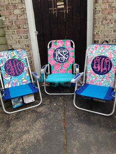 Lilly+Pulitzer+monogrammed+beach+chair+by+TheSwampPrincess+on+Etsy,+$80.00
