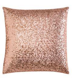 h  copper pillow  http://www.hm.com/de/product/93291?article=93291-B