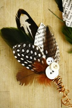 Feather & Paper Boutonniere (by A'Jamais)