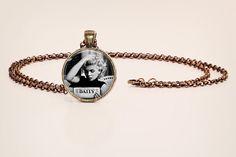 Marilyn Monroe: Reading - Black and White Vintage Style Photo Pendant Necklace
