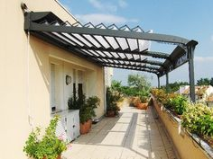 Contemporary Home Design Pictures and Ideas: Aluminium Pergola Design Ideas Diy Pergola, Pergola With Roof, Patio Roof, Wedding Pergola, Pergola Kits, Pergola Ideas, Patio Shade, Pergola Shade, Porches