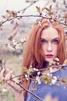 photo: Tobias Lange model: Lulamae B. • Editorial • Woman • Shooting • red hair • cherry blossom •