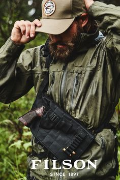 Discover the Filson NeoShellReliance Jacket. Stay dry and comfortable in throughout the day – our NeoShellReliance Jacket is outfitted with a waterproof fabric. Men Photography, Clothing Photography, Burberry Men, Gucci Men, Mens Outdoor Fashion, Mens Fashion, Outdoor Outfit, Outdoor Gear, Barba Grande