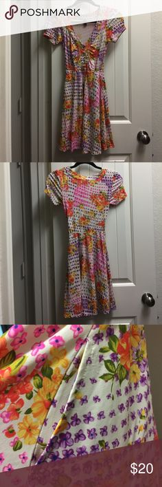 d43efbad9ea Free People flower dress XS (01) Good condition. Piling near right pocket