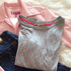 Gray Gap Top with Pink Embellishments Soft, Heather Gray top with 3/4 Sleeves. Fluorescent Pink Embellishments. Gap size Medium GAP Tops Tees - Long Sleeve