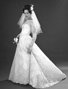 London 1960s photo by John French #London #wedding #dress
