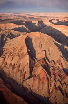 Raplee Ridge near Mexican Hat is just one of the many fascinating scenes to see on a trip to Southern Utah. Be sure to add this to your travel itinerary when visiting the American Southwest.