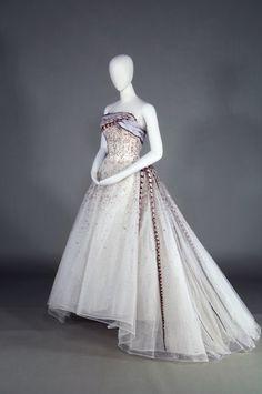Defunct Fashion Balmain | c. 1961