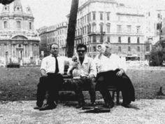 """La lassa «Sei arrivato in questa Roma» è un omaggio alla declamazione """"(Mamma) Roma, addio"""" dell'attore e poeta Remo Remotti, nota per la versione musicata dai Recycle e inclusa nella compilation """"Aliens in Roma"""" (Wot 4, 1998): """"Negli anni Cinquanta io me ne andai, come oggi i ragazzi vanno in India, vanno via… Anch'io me ne andai, nauseato, stanco, da… da questa Roma del dopoguerra…"""" Attore, Remo, Cinema Movies, Milano, Videos, Youtube, Art, Poet, Winter Time"""