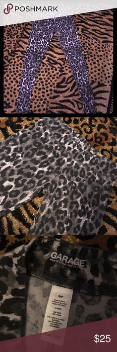 1/26 Garage leopard print leggings Garage gray and black leopard print leggings. Super cute. Gently used. Good condition! Garage Pants Leggings
