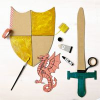Make a shield and a knight& sword Zelda Birthday, May Birthday, Costume Chevalier, Castle Crafts, Dragon Fight, Knight Sword, Knight Shield, Kindergarten Projects, Link Art
