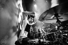 Фото с концерта  VANYN  Кто еще не слышал этих волшебных ребят - обязательно послушайте хотя бы одну песню и все: Вы в плену их творчества!) #фотографкариповалейла #vanyn