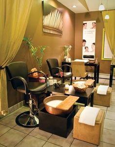 ideas for pedicure salon decor style Home Nail Salon, Nail Salon Design, Nail Salon Decor, Beauty Salon Decor, Beauty Salon Design, Beauty Salons, Pedicure Station, Nail Station, Spa Interior