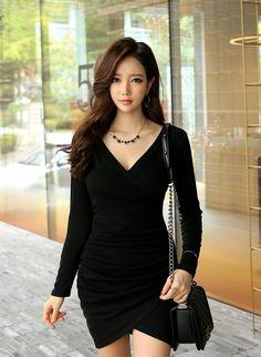 Korean Beauty, Asian Beauty, Asian Cute, Military Women, Brunette Beauty, Asia Girl, Beautiful Asian Women, Pretty Face, Girl Pictures