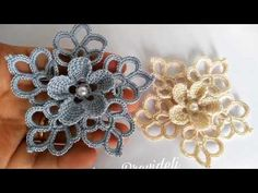 Crochet Square Patterns, Crochet Squares, Crochet Motif, Baby Knitting Patterns, Diy Crochet, Crochet Designs, Embroidery Patterns, Crochet Hats, Crochet Flower Tutorial