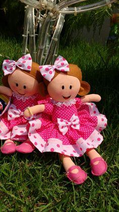 Bonecas pequeninas