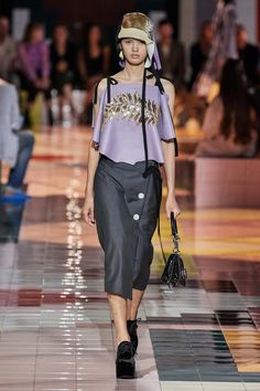 Prada Spring 2020 Ready-to-Wear CollectionYou can find Prada spring and more on our website.Prada Spring 2020 Ready-to-Wear Collection 2020 Fashion Trends, Fashion 2020, Runway Fashion, Fashion Outfits, Womens Fashion, Milan Fashion, Fashion Weeks, Stockholm Street Style, Paris Street