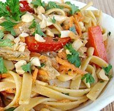 Talharim, Frango e Legumes - http://www.receitasja.com/talharim-frango-e-legumes/