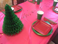 Thanks for having us at your Christmas table! #partyware #partysupplies #christmasparty