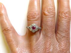 Antique Edwardian/1920's 18ct and Platinum Diamond and Ruby daisy cluster ring PERFECT-Vintage English Engagement wedding