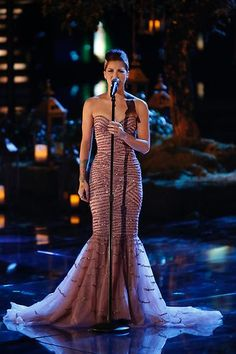 Cassadee Pope was my FAV last season! And although I loved all of her performances, this was my favorite. #StupidBoy