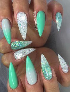 #stilettonails #nailart #nails #summernails
