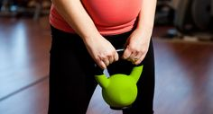 Are Kettlebell Workouts Safe for Pregnant Women? Body Changes During Pregnancy Week By Week Losing Weight During Pregnancy, Exercise During Pregnancy, Second Pregnancy, Pregnancy Stages, Pregnancy Health, Pregnancy Workout, Pregnancy Tips, Crossfit Pregnancy, Pregnancy Fitness