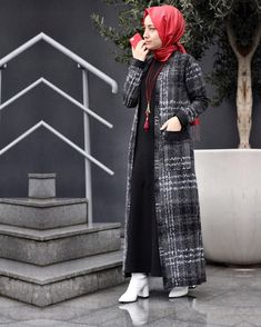 Image may contain: 1 person, standing Islamic Fashion, Muslim Fashion, Modest Fashion, Fashion Dresses, Hijab Chic, Casual Hijab Outfit, Abaya Style, Muslim Dress, Hijab Dress