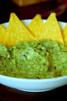 The Best Guacamole I've Ever Made  recipe ~ flavorful, but not over powering, creamy and chunky at the same time