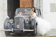 Are you looking for a wedding car for your special day? www.BookAclassic.com #BookAclassic #classiccar #carlovers #lovecars #luxurycars #supercars #weddingcar #vintagecar #oldtimer #youngtimer #prewarcar #wedding #dreamcar #Bentley