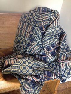 Vintage Quilts, Kitchen Linens & Farmhouse Decor by AStringorTwo Old Quilts, Antique Quilts, Vintage Quilts, Vintage Fabrics, Primitive Living Room, Primitive Quilts, Primitive Homes, Prim Decor, Primitive Decor